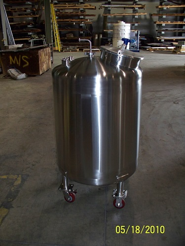 PHARMACEUTICAL TANKS (7)